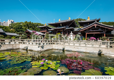 The Chi Lin Nunnery, a large Buddhist temple in Hong Kong 68397019