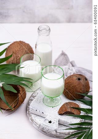 Non-dairy natural coconut milk 68400091