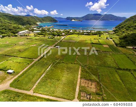 Aerial view of Yoro village 68409888
