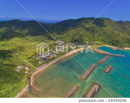Aerial view of Yoro village 68409890