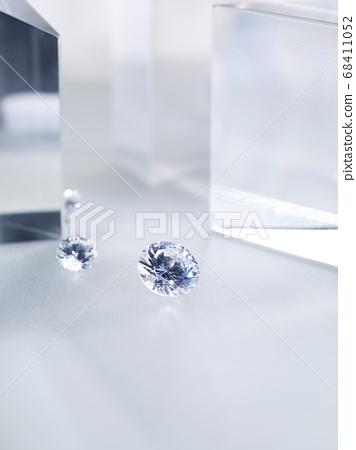 閃閃發光的鑽石 68411052