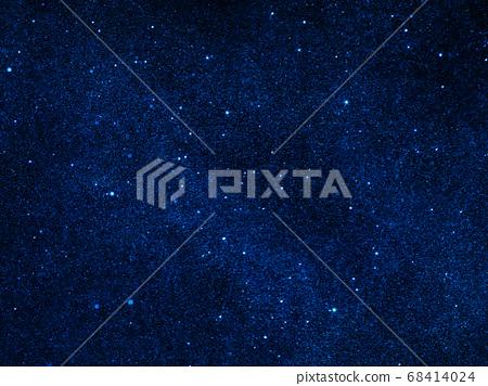 外層空間由輕質材料製成 68414024