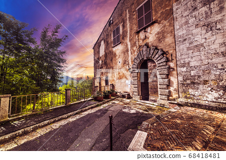Montepulciano at sunset 68418481