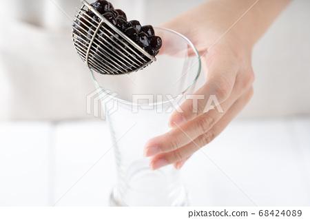 珍珠 台灣 小吃 珍珠奶茶 tapioca pearl タピオカ パールミルクティー 68424089