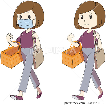 Woman wearing a mask and shopping 68445099