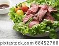 야채 듬뿍 로스트 비프 샐러드 68452768