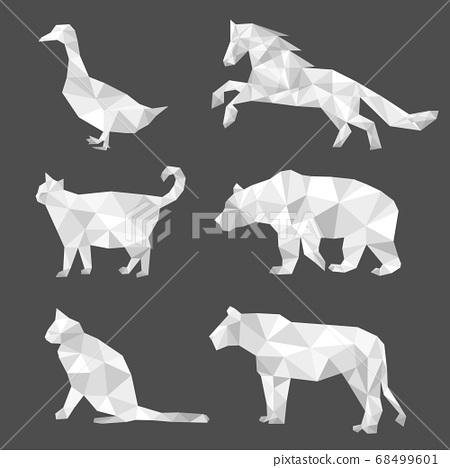 Set of polygon geometric animal. Vector illustration. 68499601