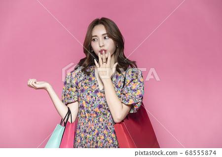 비즈니스,쇼핑,여자 68555874