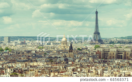 View on Eiffel Tower, Paris, France 68568371