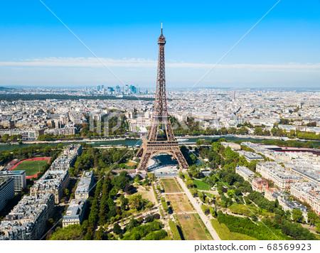 Eiffel Tower aerial view, Paris 68569923