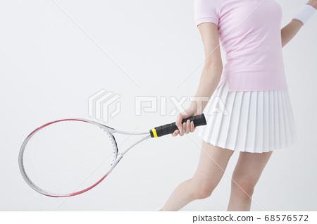 打網球的女人 68576572