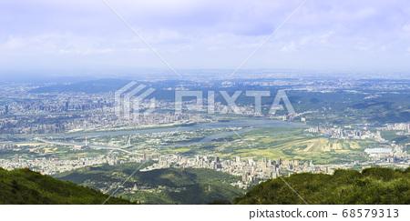七星山俯瞰台北城 68579313