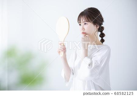 Beauty image 68582125