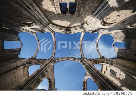 Ruins of the ancient convent of Carmo in Lisbon 68590379