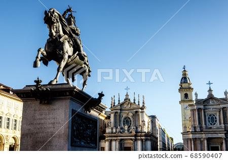 Turin Piazza San Carlo 68590407