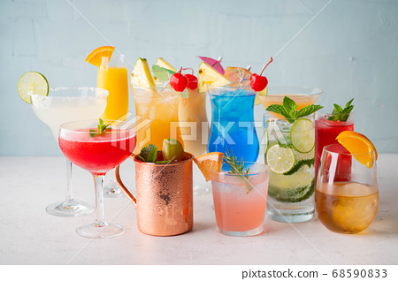 variety of summer cocktail image 68590833