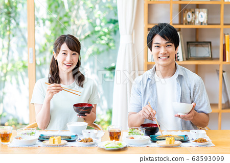 Young couple dining 68593099