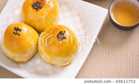 中秋節 蛋黃酥 月餅 特寫 Moon Festival yolk pastry cake げっぺい 68611753