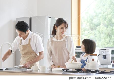 가족 요리 풍경 68622877