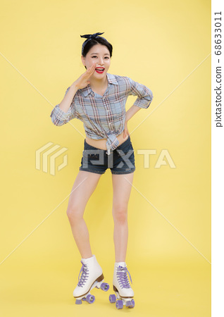 Life style concept, happy shopping time. Young asian woman with shopping bags and cart. 472 68633011