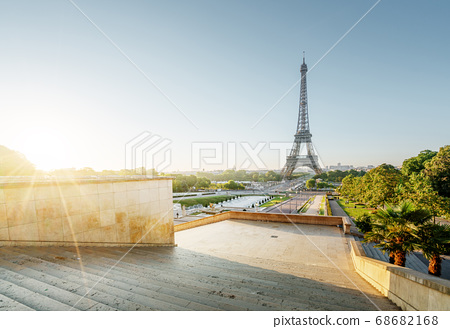 Eiffel Tower at sunrise, Paris, France 68682168