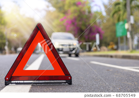 Red triangle, red emergency stop sign, red 68705549