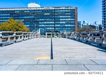 [Imperial Palace] Higashi-Gyoen Hirakawabashi [March] 68754811