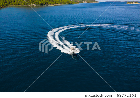 Speed boat in mediterranean sea, aerial view 68771101