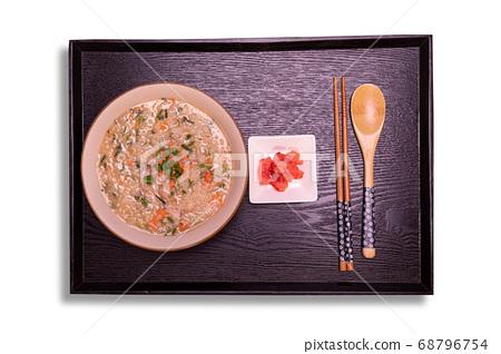 章鱼虾稀饭 68796754