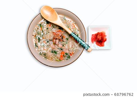 Rice porridge with octopus shrimp 68796762