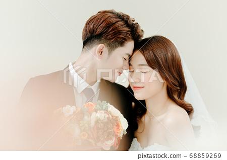 Happy Wedding 68859269