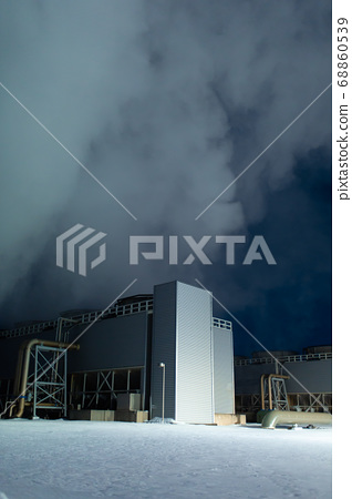Night view. Thermal power plant building at a hot 68860539