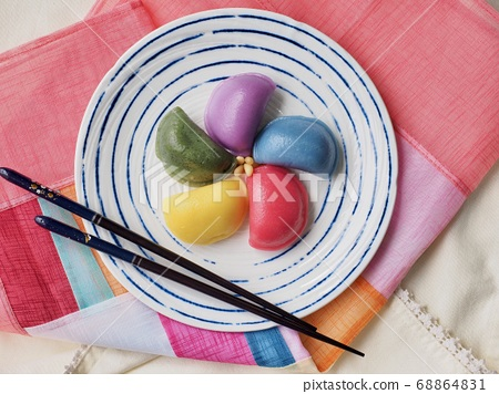 韓國傳統食品Osaek Songpyeon 68864831