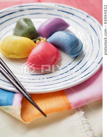 韓國傳統食品Osaek Songpyeon 68864832