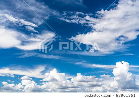8 월 태풍 일과의 형세 68901561