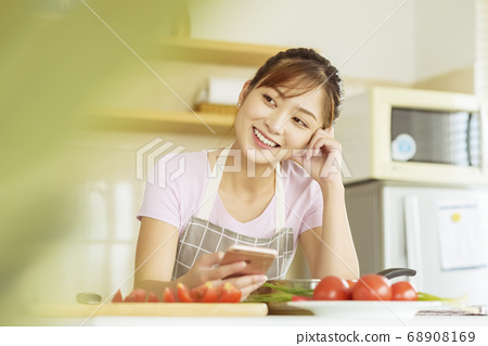 여성 라이프 스타일 요리 68908169