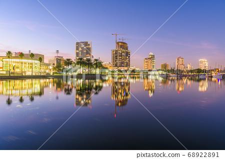 St. Petersburg, Florida, USA 68922891