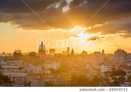 Havana, Cuba Town Skyline 68950531