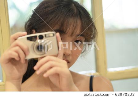 女性肖像 68970835