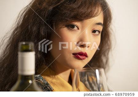 女性肖像 68970959
