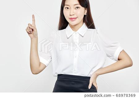 젊은여자,비즈니스,커리어우먼,비즈니스우먼 68978369