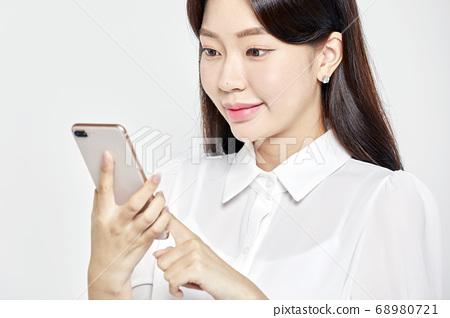 젊은여자,비즈니스,커리어우먼,비즈니스우먼 68980721