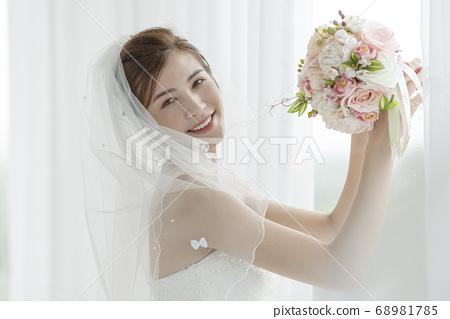 여성 신부 68981785