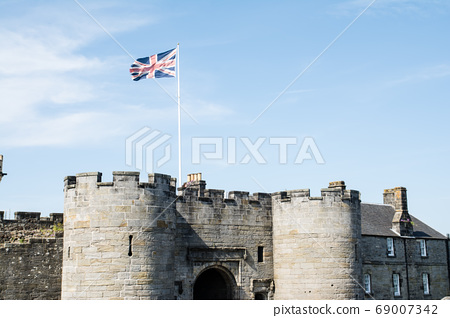 進入蘇格蘭郊區的斯特靈城堡 69007342