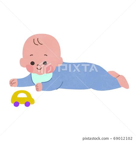 엎드려 가지고 노는 아기 주로 선 없음 69012102