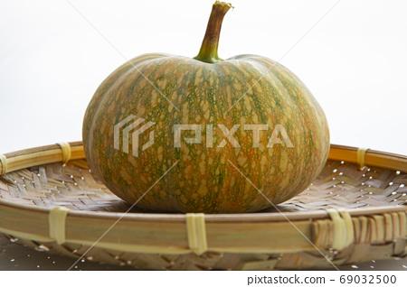 南瓜,竹箕,蔬菜,カボチャ、竹鍋、野菜、Pumpkins, bamboo pans 69032500