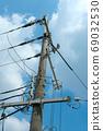 Telephone pole 69032530