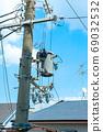 Pole transformer 69032532