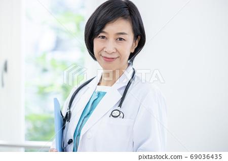 의료 이미지 여의사의 인물 69036435