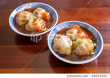 台灣 小吃 美食 肉圓 肉丸 一口肉圓 蝦仁肉圓 meatball bawan 台湾風ミートボール 69043893